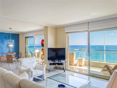 Appartement for sales at Grand appartement en face de mer  Platja D Aro, Costa Brava 17250 Espagne