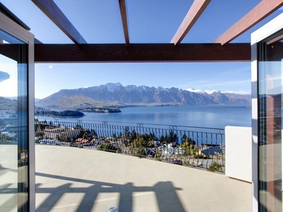 Casa Unifamiliar for sales at 5A Manata Lane, Queenstown  Queenstown, Lagos Del Sur 9300 Nueva Zelanda