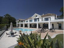 Maison unifamiliale for sales at Spectacular contemporary villa with fantastic sea    Marbella, Costa Del Sol 29602 Espagne