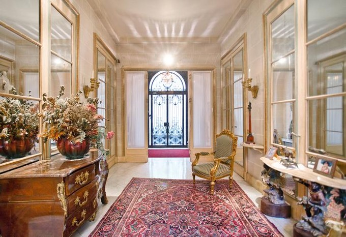 Adosado for sales at Charming Private Mansion - Triangle d'Or  Paris, Paris 75008 Francia