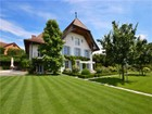 Maison unifamiliale for  sales at Meticulously renovated splendid 17th-century mansi  Autigny, Fribourg 1742 Suisse