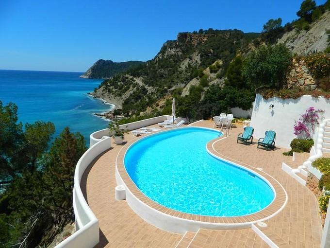 Moradia for sales at Villa In Es Cubells With Direct Access To The Sea  San Jose, Ibiza 07830 Espanha