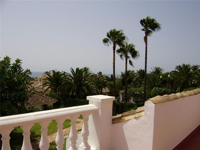 一戸建て for sales at Villa located walking distance to the beach  Marbella, Costa Del Sol 29600 スペイン