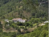 Hacienda / Estancia / Plantación for sales at Maravilloso cortijo ubicado en la Nueva Milla de Oro    Estepona, Costa Del Sol 29680 España