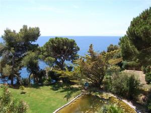 Additional photo for property listing at Mansión en primera línea en Lloret de Mar  Lloret De Mar, Costa Brava 17310 España
