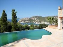 Maison avec plusieurs logements for sales at Villa de style majorquin avec vues sur la mer  Port Andratx, Majorque 07157 Espagne