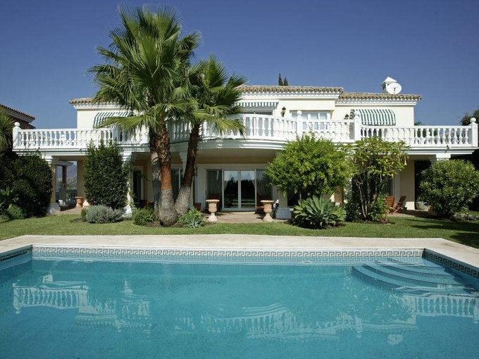 Moradia for sales at Superior Residence In An Elevated Position   Benahavis, Costa Del Sol 29670 Espanha