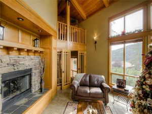 Additional photo for property listing at Architecturally Designed Mountain Chalet 4118 Sundance Drive   Sun Peaks, 不列颠哥伦比亚省 V0E 5N0 加拿大