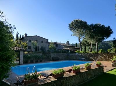 Villa for vendita at Casale di charme nel Chiante Classico Piazza San Firenze Gaiole In Chianti, Siena 53013 Italia