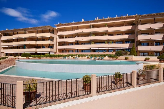 아파트 for sales at Duplex Garden Apartment in Bendinat  Calvia, 말로카 07181 스페인