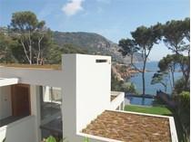 Maison unifamiliale for sales at Villa moderne en vente face à la mer    Begur, Costa Brava 17255 Espagne