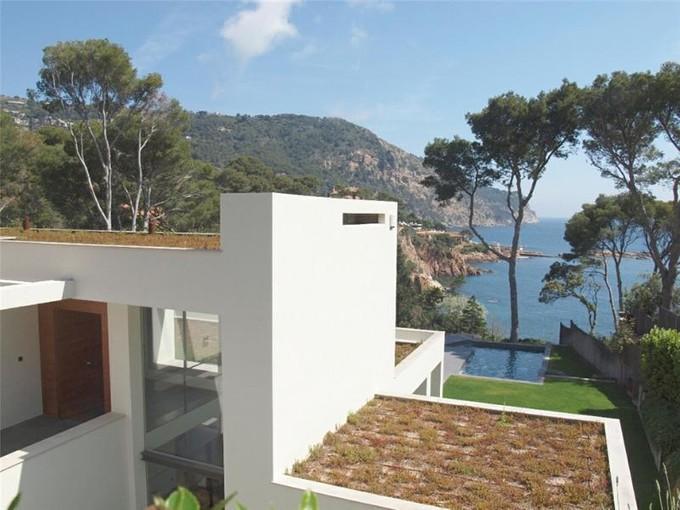 Villa for sales at Modern sea front villa for sale in Aiguablava    Begur, Costa Brava 17255 Spagna