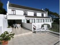 Villa for sales at Sea and Lagoon Views  Plettenberg Bay, Capo Occidentale 6600 Sudafrica