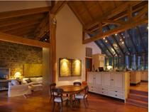 Casa para uma família for sales at Residential Art - 30 Super-Natural Acres 1900 North End Road   Salt Spring Island, Columbia Britanica V8K 1C9 Canadá
