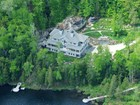 独户住宅 for  sales at Village Mont-Tremblant    Laurentians 905 Ch. Cochrane Mont-Tremblant, 魁北克省 J8E 1B1 加拿大