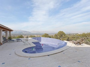 Additional photo for property listing at Luxurious Villa With Stunning Views in Alcudia  Alcudia, 马洛卡 07400 西班牙