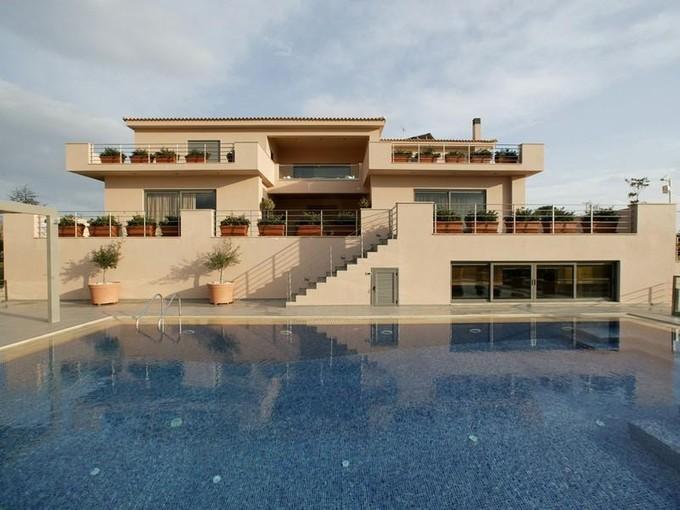 Multi-Family Home for sales at Villa Agia Marina  Ayia Marina, Attiki 19400 Greece