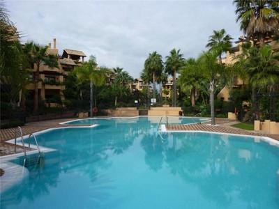 Apartman Dairesi for sales at Beachside apartment  Marbella, Costa Del Sol 29679 Ispanya