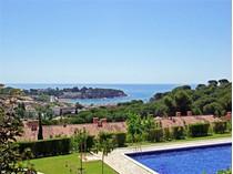 土地 for sales at Terraced house 600 m from the beach of S'Agaró  S'Agaro, Costa Brava 17248 西班牙