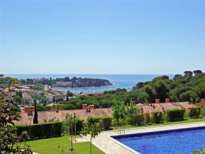Land for sales at Terraced house 600 m from the beach of S'Agaró  S'Agaro, Costa Brava 17248 Spain