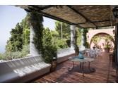 Villa for vendita at Splendida villa tipica con vista sul mare  Capri,  80071 Italia