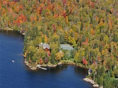 Nhà ở một gia đình for sales at Chemin Desmarais   Mont-Tremblant  Mont-Tremblant, Quebec J8E1E6 Canada