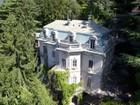 Otros residenciales for  sales at Prestigious period villa overlooking Lake Como Brunate   Como, Como 22034 Italia