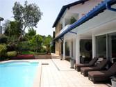 Maison unifamiliale for sales at Sur le golf de Bassussarry  Biarritz,  64200 France