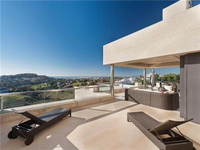 アパート for sales at Beautiful contemporary apartment in the heart of t  Marbella, Costa Del Sol 29660 スペイン