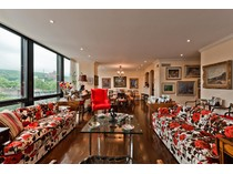 Co-op for sales at Westmount    Montreal, Quebec H3Z 2S5 Canada
