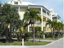 Piso for sales at Robin's Nest The Residences Marsh Harbour, Abaco . Bahamas