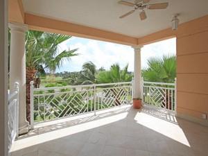 Additional photo for property listing at Ocean Club Residences & Marina + Dock Slip  Paradise Island, Nassau And Paradise Island . Bahamas