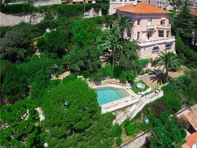 一戸建て for sales at Belle Epoque villa to Renovate in Beaulieu sur Mer  Beaulieu, プロバンス=アルプ=コート・ダジュール 06310 フランス