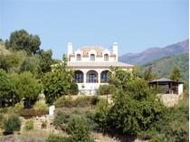 Villa for sales at Caribean style villa with panoramic views in 24 ho    Benahavis, Costa Del Sol 29679 Spagna