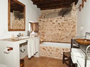 Additional photo for property listing at Maison de campagne orientée à l'ouest  Sant Antoni, Ibiza 07816 Espagne