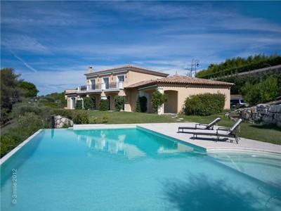 Casa para uma família for sales at SOLE AGENT - Luxury Villa with Panoramic Views  Mougins, Provença-Alpes-Costa Azul 06250 França