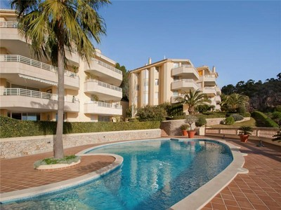 Apartment for sales at Apartment with sea views in Bendinat  Bendinat, Mallorca 07181 Spain