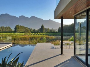 Additional photo for property listing at Elegant modern home on Pearl Valley Golf Estate  Paarl, Western Cape 7646 South Africa
