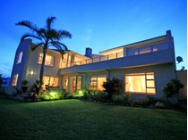 Single Family Home for sales at Ideal Family Home  Plettenberg Bay, Western Cape 6600 South Africa