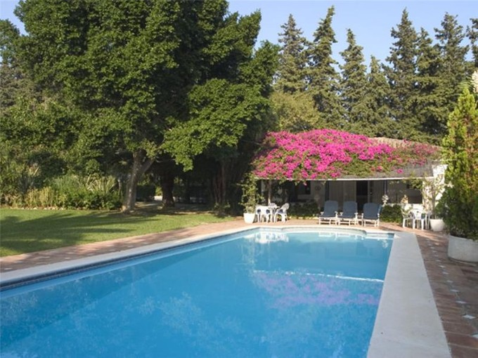 Maison unifamiliale for sales at Outstanding residence with 6 bedrooms  Marbella, Costa Del Sol 29600 Espagne