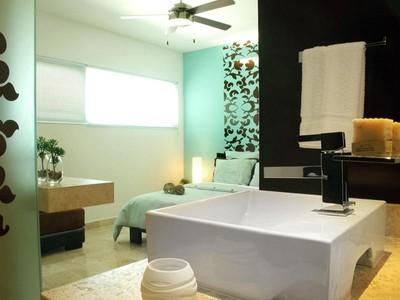 Condominium for sales at GREAT LOCATION CONDO  Playa Del Carmen, Quintana Roo 77710 Mexico