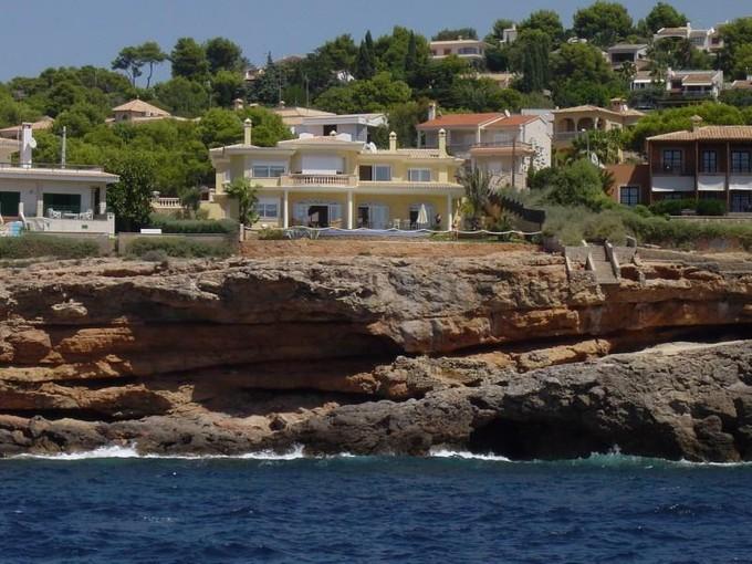 Single Family Home for sales at Magnificent front line Villa in Santa Ponsa  Santa Ponsa, Mallorca 07181 Spain