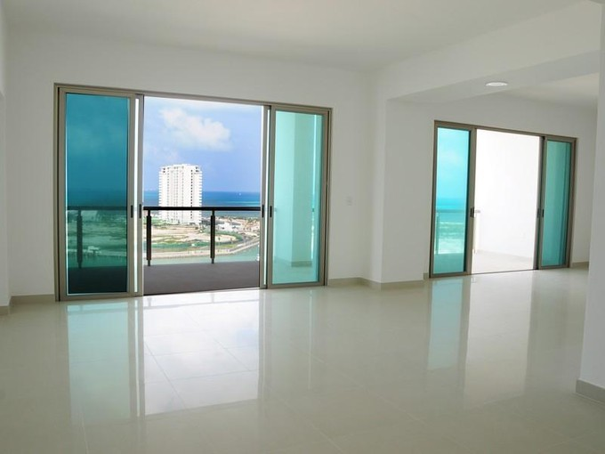 Condominio for sales at MAIORIS TOWER AN EXCLUSIVE CONDO WITH A MARINA IN CANCUN  Cancun, Quintana Roo 77500 México