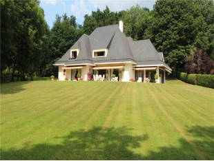 Single Family Home for sales at Architect property near Feucherolles  Other Ile-De-France, Ile-De-France 78121 France