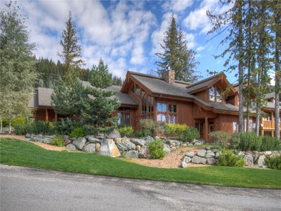 Single Family Home for sales at Architecturally Designed Mountain Chalet 4118 Sundance Drive Sun Peaks, British Columbia V0E 5N0 Canada