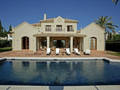 Single Family Home for sales at Beautifully Presented Villa With Sea Views  Estepona, Costa Del Sol 29680 Spain