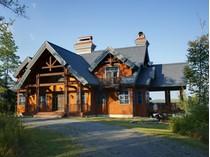 Частный односемейный дом for sales at Prestigious Domain 750 Ch. du Hameau   Quebec, Квебек G0N 1E0 Канада