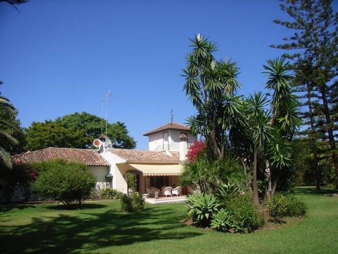 Single Family Home for sales at Charming villa on magnificent plot in Guadalmina    Marbella, Costa Del Sol 29679 Spain