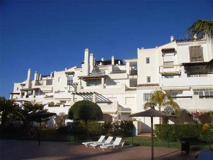 아파트 for sales at Beachside ground floor apartment in gated communit  Marbella, Costa Del Sol 29670 스페인