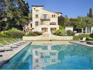 Vivienda unifamiliar for sales at Bastide Style Stone House  Cap D'Antibes, Provincia - Alpes - Costa Azul 06160 Francia